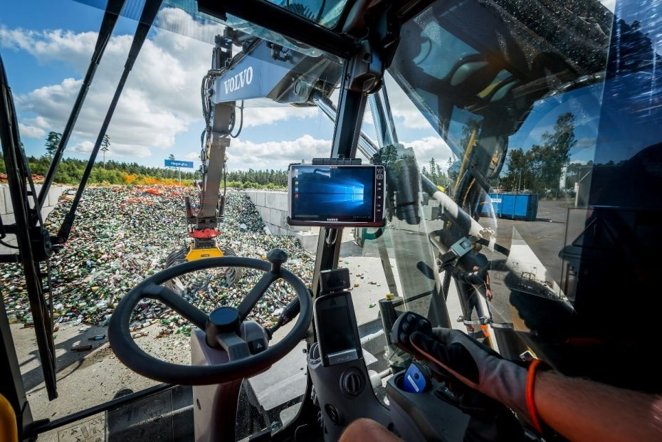 Install Projected Capacitive Touchscreens For Waste Management